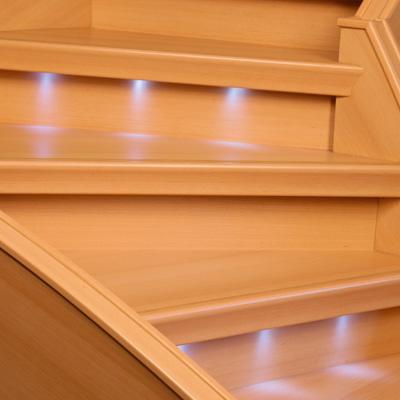 dress system premium line jeter une lumi re nouvelle sur les syst mes d 39 clairage des. Black Bedroom Furniture Sets. Home Design Ideas